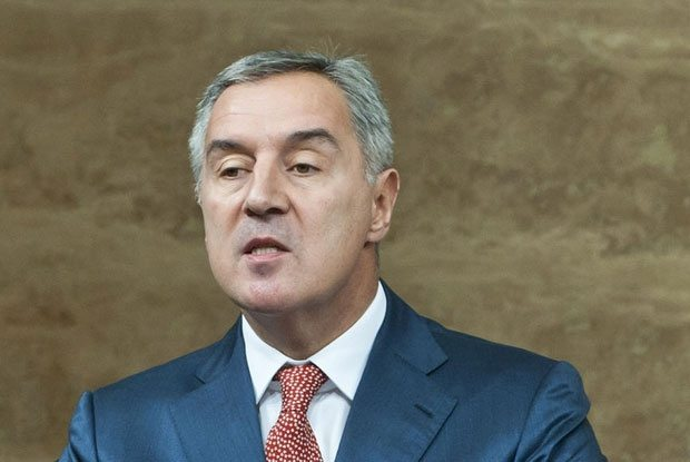 POGLEDAJTE-Ovaj-Crnogorac-vec-decenijama-ne-uspeva-da-nadje-drugi-posao