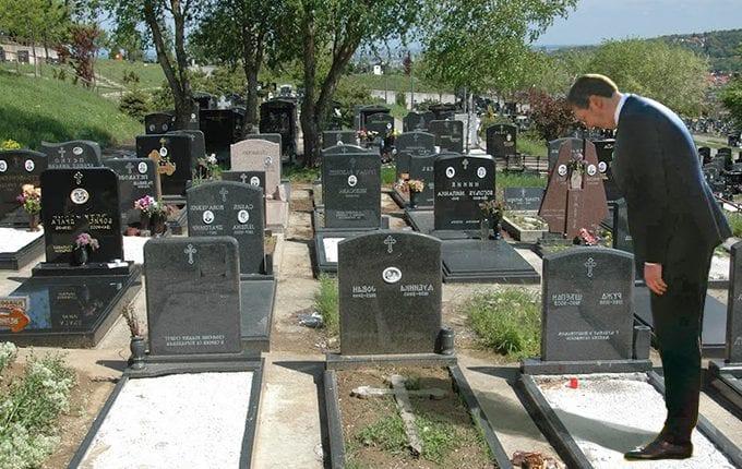 Vucic-posetio-svoje-najstarije-glasace